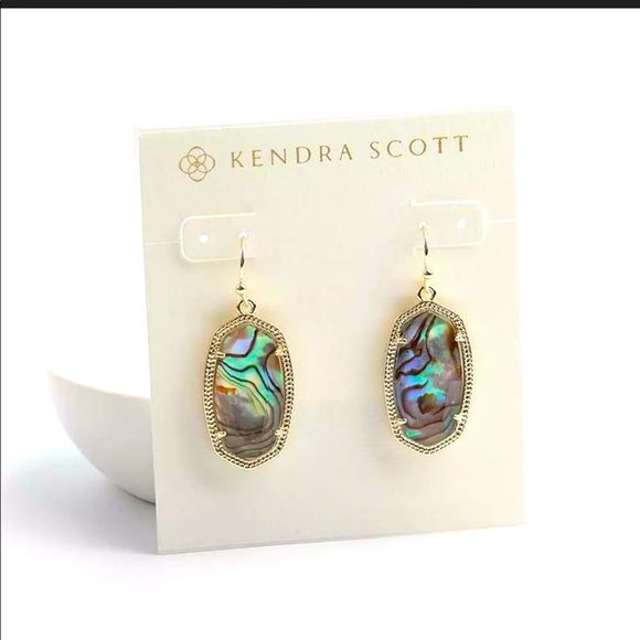 NWT Kendra Scott Dani Gold Drop in Abalone Shell😍
